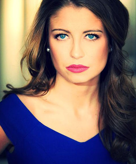 Lindsay Jean Roetzel Headshot