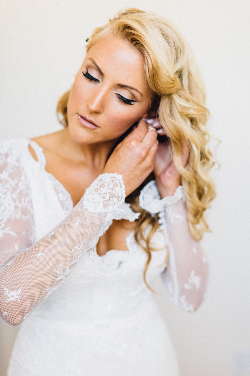 Blonde Bride Lip Ring