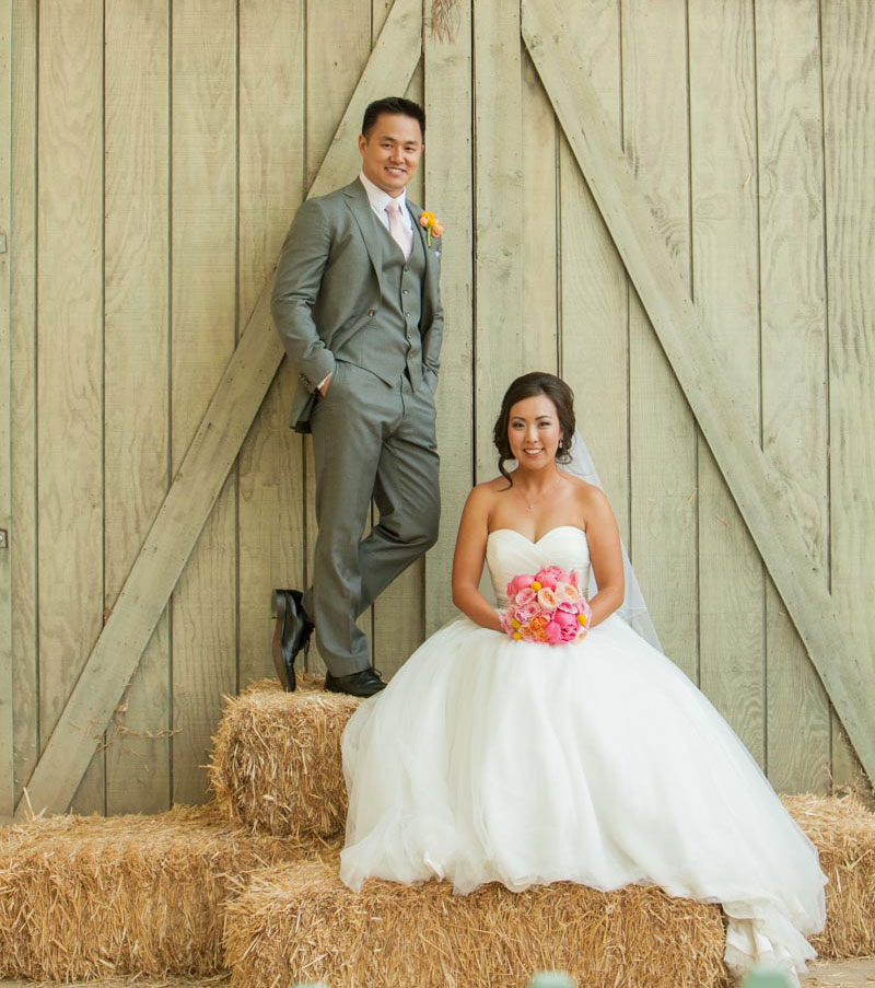Barnyard-Bridal-Photo